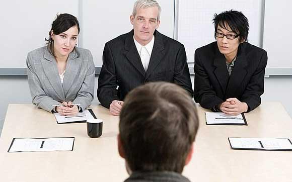 海外で働くには英語での面接を乗り越える必要あり!