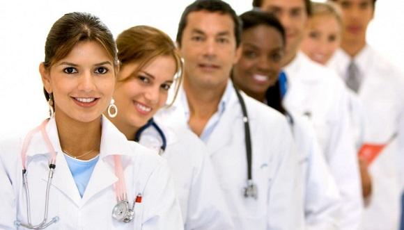 医療従事者は医療英語を学ぼう