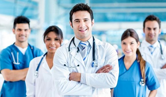 アメリカ人の医師