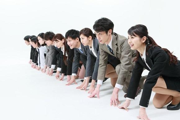 就職活動中の大学生